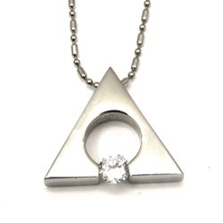 Urban-chic CZ Diamond Tension-set Triangle Necklace