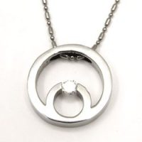 Urban-chic CZ Diamond Tension-set Circles Necklace