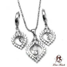Cubic Zirconia Pendant Jewelry Set