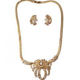 Georgian Gold Rhinestone Accented Necklace Set
